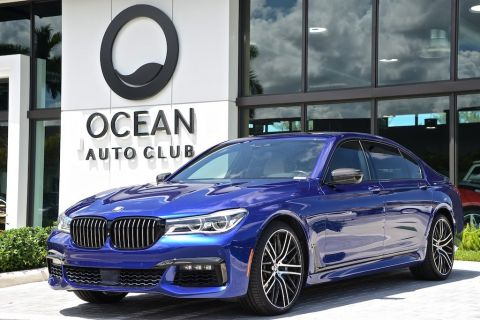 Pre-Owned 2018 BMW 750i i